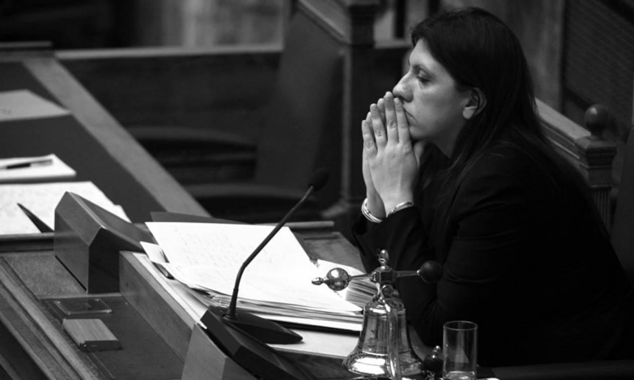 Γκάλοπ: Συμφωνείτε με τον τρόπο που ασκεί τα καθήκοντά της η Ζωή Κωνσταντοπούλου;