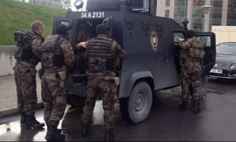 Ομηρία στην Τουρκία: Εισβολή ειδικών δυνάμεων στο δικαστικό μέγαρο (photos)