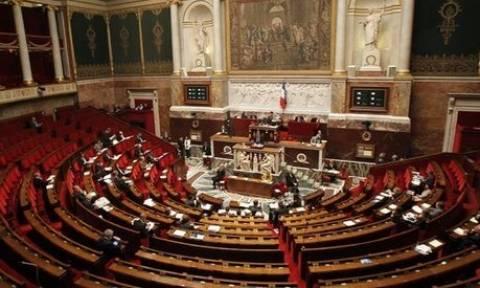 Γαλλία: Δεν θα τιμωρούνται οι πελάτες σεξουαλικών υπηρεσιών