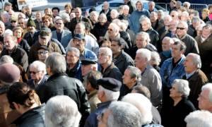 Οι συνταξιούχοι στο δρόμο, σε παναττική κινητοποίηση