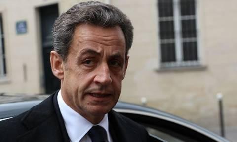Γαλλία: Ενώπιον δικαστών και πάλι ο Σαρκοζί