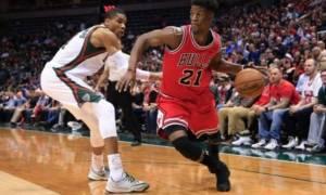 NBA: Σπάει και παραδόσεις ο Αντετοκούνμπο