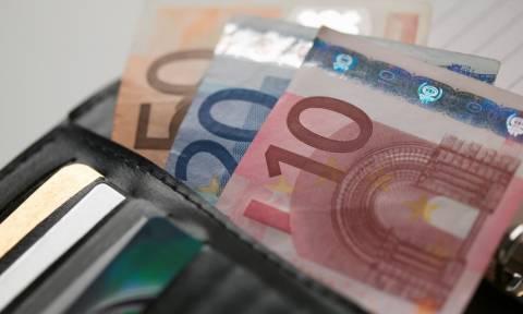 Economist: «Αγκάθι» στις διαπραγματεύσεις οι συντάξεις