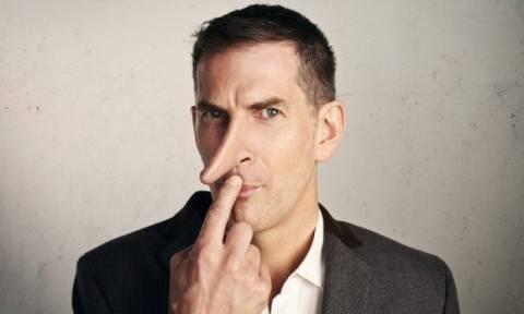 Τα 10 σημάδια ότι ο συνομιλητής σας ψεύδεται ασύστολα!