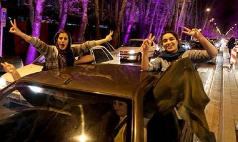Ιράν: Πανηγυρισμοί στην Τεχεράνη για τη συμφωνία