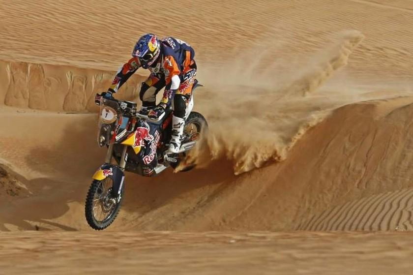 Ο Marc Coma στο δρόμο για την νίκη στο Abu Dhabi