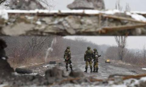Ουκρανία: Τρεις στρατιώτες νεκροί από έκρηξη νάρκης