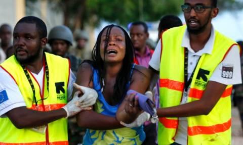 Κένυα: Το Αλ-Αζχα καταδικάζει τη σφαγή στο πανεπιστήμιο