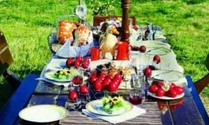 Τι πρέπει να προσέξετε στο Πασχαλινό τραπέζι - Εδέσματα και θερμίδες