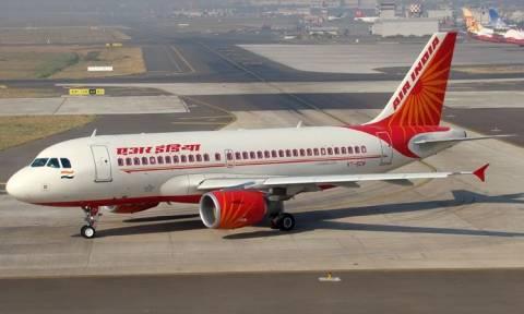 Ινδία: Έπεσε... ξύλο μεταξύ των δύο πιλότων πριν την απογείωση