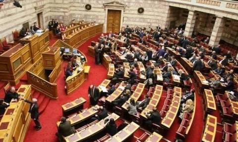 Βουλή: Ερώτηση βουλευτών του Ποταμιού για τα αεροσκάφη ναυτικής συνεργασίας