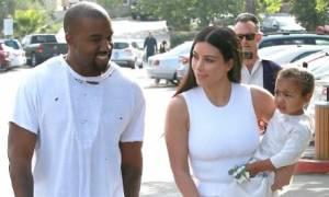 Η οικογένεια Kardashian-West γιόρτασε το Πάσχα ντυμένη στα λευκά