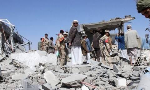 Υεμένη: Λυσσαλέες μάχες – Πάνω από 110 οι νεκροί στον Νότο