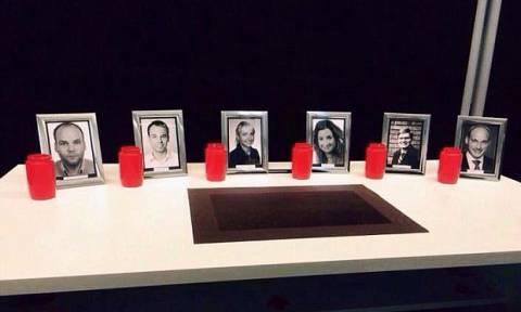 Είχαν φτιάξει μνημείο με φωτογραφίες του ήρωα κυβερνήτη και του Λούμπιτς (photos)