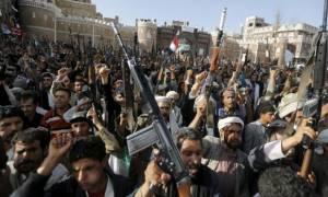 Υεμένη: Μαίνονται οι μάχες στο νότο - Τουλάχιστον 141 οι νεκροί