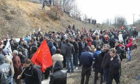 Χαλκιδική: Δύο μπλόκα από εργαζόμενους στα μεταλλεία