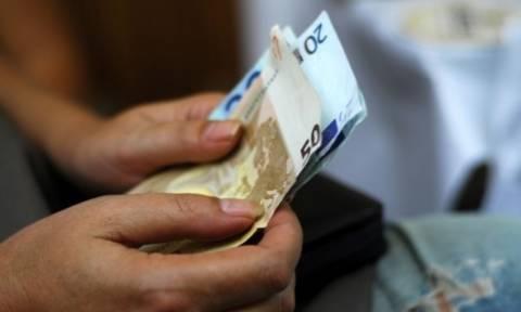 Στα 650 ευρώ ο κατώτερος μισθός τον Οκτώβριο - στα 751 από τον Ιούλιο