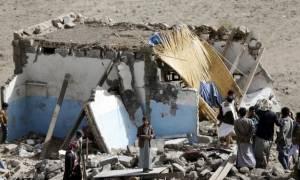 Υεμένη: Βομβαρδισμός στρατιωτικής βάσης – Δύο μαθητές νεκροί