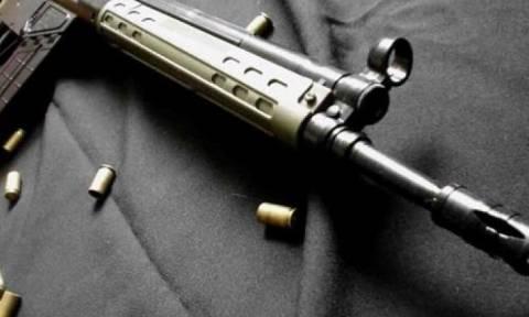 Πάφος: Ολόκληρο οπλοστάσιο εντόπισε σε διαμέρισμα η αστυνομία