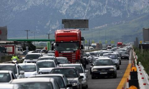 Έξοδος Πάσχα: Χρήσιμες συμβουλές για να είστε ασφαλείς στο αυτοκίνητο