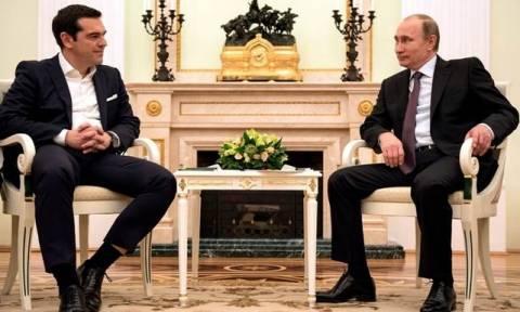 Κρεμλίνο: «Πολύ θετικές» οι συνομιλίες μεταξύ Τσίπρα-Πούτιν