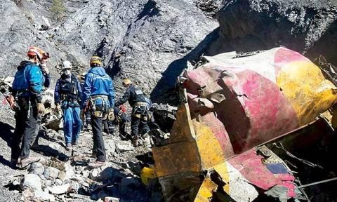 «Χάκερ» προκάλεσε τη συντριβή του αεροπλάνου της Germanwings;