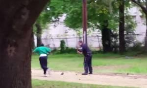 Η αμερικανική αστυνομία κατηγορείται ότι πατά εύκολα τη σκανδάλη