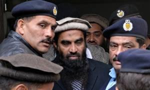 Ελεύθερος αφέθηκε ο φερόμενος ως εγκέφαλος των επιθέσεων του 2008 στη Βομβάη