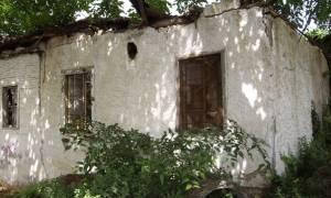 Τρίκαλα: Καταρρέει το πατρικό σπίτι του Αγίου Εφραίμ