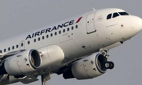Συναγερμός σε πτήση της Air France: Επιστροφή στο Παρίσι λόγω «τεχνικού προβλήματος»