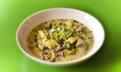 Μαγειρίτσα αυγολέμονο με μυρώνια, από το Γιώργο Γεράρδο!