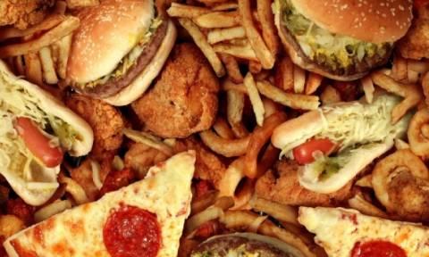 Διατροφή: Αυτοί είναι οι λόγοι που πρέπει να μειώσετε την ποσότητα των λιπαρών