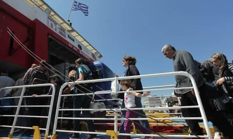 Αλλαγές και έκτακτα δρομολόγια πλοίων για διευκόλυνση των εκδρομέων