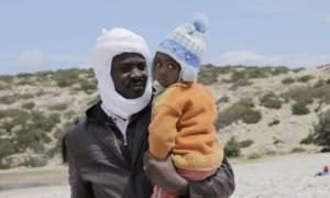 Στα Χανιά μεταφέρονται οι μετανάστες από τη Γαύδο - Πολλά παιδιά ανάμεσά τους