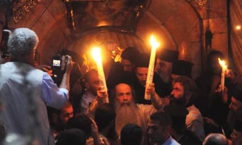 Αναμένεται στην Ελλάδα το Άγιο Φως
