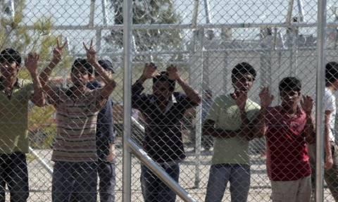 Έκτακτο σχέδιο για τους πρόσφυγες εκπονεί η κυβέρνηση – «Πόλεμος» με αντιπολίτευση
