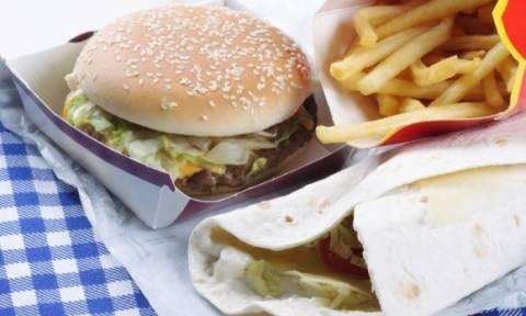 Υπέρταση: Δείτε πόσο αυξάνει τον κίνδυνο το junk food