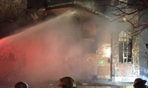 Μόντρεαλ: Πυρκαγιά κατέστρεψε την εκκλησία της Παναγίτσας (photos & video)