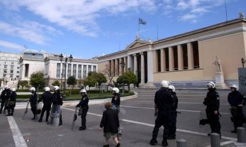 Τουρίστες οι Αλγερινοί που συνελήφθησαν έξω από την Πρυτανεία του ΕΚΠΑ
