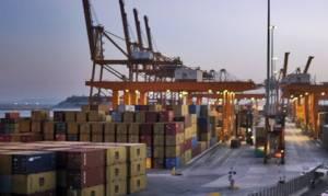 Μείωση του ελλείμματος εμπορικού ισοζυγίου τον Ιανουάριο