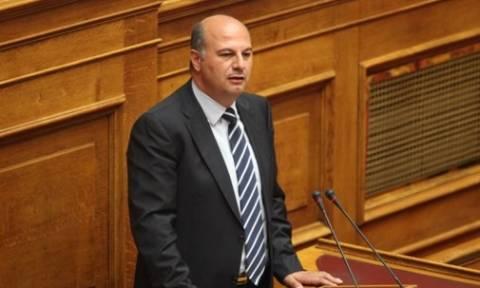 Βουλή: Ερώτηση Χαρακόπουλου, Τσιάρα για τα παράνομα εμβάσματα