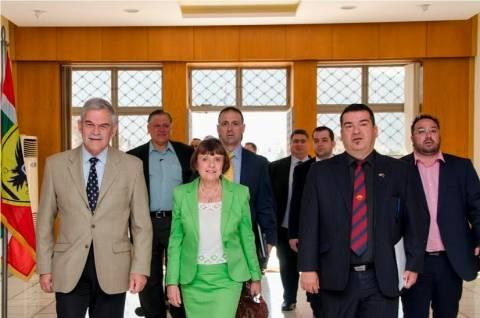 Τόσκας: Υποδέχθηκε το ΔΣ της Παγκόσμιας Διακοινοβουλευτικής Ένωσης Ελληνισμού(pics)