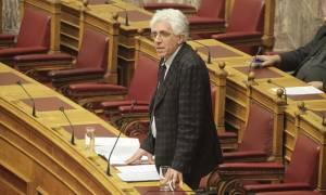 Θετικός ο Ν. Παρασκευόπουλος για «βραχιολάκι» στον Σ. Ξηρό