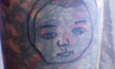 Eίναι αυτός ο χειρότερος tattoo artist στον κόσμο; (photos)