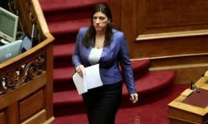 Αυτόπτης μάρτυρας: Η Ζωή Κωνσταντοπούλου δέχτηκε σεξιστική επίθεση στο βενζινάδικο