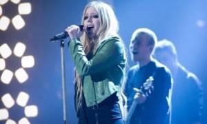 Τι είναι η Νόσος του Lyme από την οποία προσβλήθηκε η Avril Lavigne
