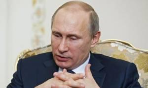Ο Πούτιν κερδίζει λιγότερα σε σχέση με πολλούς αξιωματούχους του Κρεμλίνου