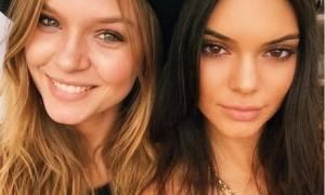 Η Kendall Jenner μας δείχνει την νέα τάση στις selfies...