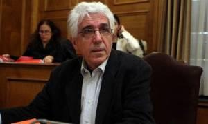 Παρασκευόπουλος σε Μπακογιάννη: Οι βουλευτές μπορούν να επισκέπτονται φυλακισμένους