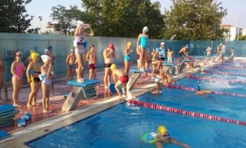 Θέλετε να στείλετε το παιδί σας κολυμβητήριο; Οι εξετάσεις που πρέπει να κάνει